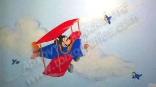 ζωγραφική βρεφικού παιδικού δωματίου, παιδική τοιχογραφία μίκυ αεροπλανάκι